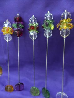 Felt Food, Stick Pins, Present Gift, Hat Pins, Handmade Art, Beading Patterns, Doilies, Wire Wrapping, Projects To Try