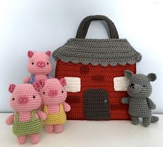 This listing is for my original crochet amigurumi Three Little Pigs Playset. The pattern is super easy to make, I have included lots of photo to help you along the way!