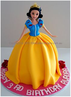 Snow White Princess Birthday Cake, Walt Disney Girls Birthday Cakes, Birthday Cakes Sydney Australia, Girls Birthday Cakes Cake for lovers Barbie Torte, Bolo Barbie, Barbie Cake, Birthday Cake Girls, Princess Birthday, Birthday Cakes, Princess Party, Birthday Ideas, Cupcakes Princesas