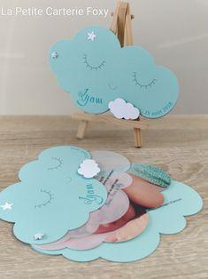 - Mini - Faire-part de naissance Nuages Birth Announcement Clouds. Kids Cards, Baby Cards, Baby Staff, Creative Calendar, Diy Gift Box, 1st Birthdays, Classic Mini, Baby Boy Shower, Party Favors
