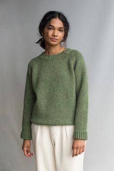 Take a closer look at our knitwear collection featuring lambswool and cashmere blends New Wardrobe, Capsule Wardrobe, Wardrobe Ideas, New Outfits, Fall Outfits, Green Jumpers, Jumper Outfit, Olive Green Sweater, Amanda