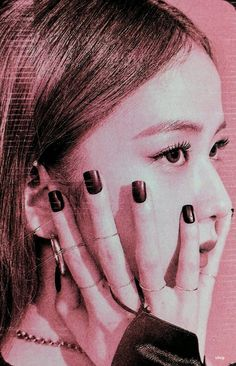 Image shared by ℛ 𝓞 𝓢 𝓔́. Find images and videos about kpop, blackpink and jisoo on We Heart It - the app to get lost in what you love. Kim Jennie, Jenny Kim, Blackpink Jisoo, Black Pink ジス, Blackpink Poster, Kpop Posters, Blackpink And Bts, Blackpink Photos, Kpop Aesthetic