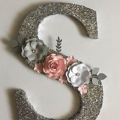 Paper flowers/paper mache number/second birthday/photo prop/party decor/paper mache number 2 Diy Letters, Floral Letters, Letter A Crafts, Wooden Letters, Fancy Letters, Bubble Letters, Cursive Letters, Diy Monogram, Arts And Crafts