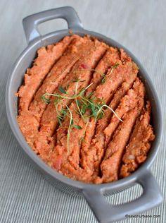 Pastă de năut cu usturoi și ardei copți - rețeta de hummus picant de post   Savori Urbane Dip Recipes, Vegan Recipes, Pasta, Raw Vegan, Diy Food, Hummus, Pork, Veggies, Appetizers