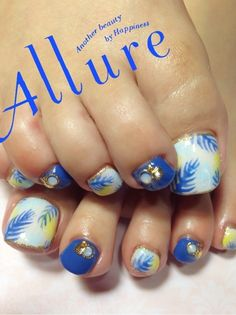 Super Cute Ideas for Summer Nail Art - Nailschick Pretty Toe Nails, Sexy Nails, Fancy Nails, Love Nails, Pedicure Designs, Pedicure Nail Art, Toe Nail Art, Fingernail Designs, Toe Nail Designs