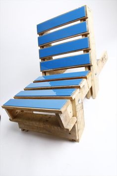DIY Pallet Chairs | 101 Pallets