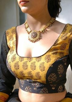 Latest Blouse Designs 2019 - Designer Blouses Design Photos Find a variety of latest blouse designs 2020 photos for bride & women at Shaadidukaan. Here you will get a large collection of designer bridal blouses designs you have never seen before. Blouse Back Neck Designs, Sari Blouse Designs, Fancy Blouse Designs, Bridal Blouse Designs, Blouse Patterns, Blouse Styles, Latest Saree Blouse Designs, Choli Blouse Design, Saree Styles