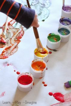 Rainbow+Flour+Paint+Recipe+(4).JPG (400×600)