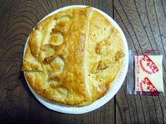 【知られざる名産】青森県の驚愕スイーツ! リンゴとサバが合体した「サバップル」を食べてみた / ポイントはマヨネーズをかけること!!!