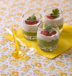 Verrines tricolores poivron, avocat et fromage frais - Recettes de cuisine Ôdélices