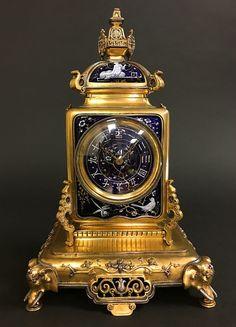 Exceptional Japonisme Pate-sur-Pate Mantel Clock, Japy Freres, Paris, France circa 1860