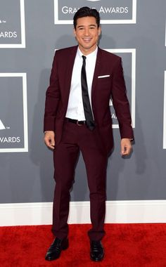 Mario Lopez - Gotta give him props - that suit is amazing.  And he looks good.