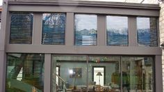 Fatada solara, sau cum ferestrele tale pot produce energie termica si umbra in acelasi timp Solar, Windows, Sage Green House, Houses, Ramen, Window