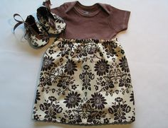 diy brown tee shirt dress and matching baby shoes
