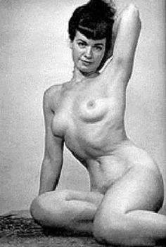 Bettie Page vintage girl women wrestler www.lady00wrestling.com