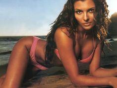 Ali Landry on the beach