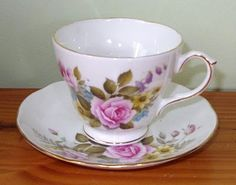 ShabbyNChic: My Collection: Tea Cups and Saucers
