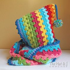 (4) Name: 'Crocheting : Harlequin Hoodie - a hood with cowl