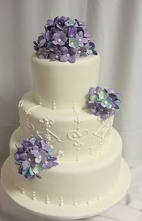 Hydrangea white scrollwork wedding cake