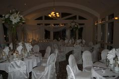 #crownisleresort #crownisle #venues #weddings #brides #tablearrangements #weddingchairs #weddingtables