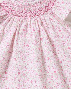 Punto Smok, Heirloom Sewing, Moda Online, Mayo, Smocking, Embroidery, Projects, Dresses, Bee House