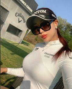 Sexy Golf, Girls Golf, Pretty Black Girls, Sporty Girls, Golf Outfit, Girl With Hat, Beautiful Asian Women, Sexy Asian Girls, Asian Woman