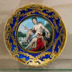 Jan de Vliegher ~ Treasury Series - Large-Scale paintings of antique/antique-style porcelain plates - Série Plats, Venus et Cupidon, 2012