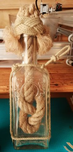 Perfume Bottles, Beauty, Knot, Flasks, Beleza, Perfume Bottle