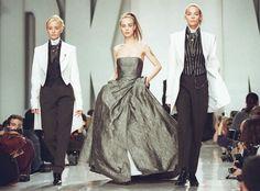 DKNY Fall 1995 Donna Karan, Strapless Dress Formal, Formal Dresses, Bridesmaid Dresses, Wedding Dresses, Supermodels, Fall Winter, Spring Summer, Tops