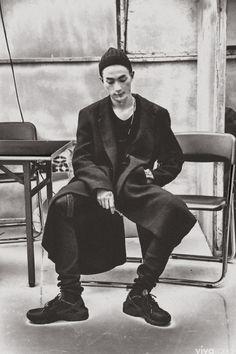 Park Sung Jin at Push Button Spring 2015 Seoul Fashion Week by Kim Dae Hyun