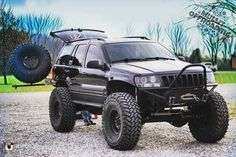 RATE 1-10 . Follow-> @mullit_offroading @canyon.state.jeeps @mullit_offroading @canyon.state.jeeps Tag->#mullitz . WJ's don't usually have an effect on me. Dear God this thing is a beast! @d.till297 I...