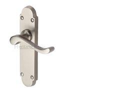 Brionne Espagnolette Door Bolt With A Detailed Oval Knob