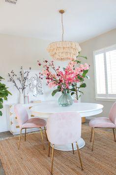Colorful Kitchen Decor, Kitchen Colors, Home Living Room, Living Room Decor, Dining Room, Aesthetic Room Decor, Cuisines Design, My New Room, Home Decor Inspiration