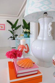 Vivid Hue Home: Maria Barros