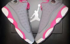Air Jordan Retro 13 GS gry/pnk - Street Fashion, Casual Style, Latest Fashion Trends - Street Style and Casual Fashion Trends Women's Shoes, Hype Shoes, Shoe Boots, Shoes Style, Suit Shoes, Dance Shoes, Urban Apparel, Nike Free Shoes, Nike Shoes Outlet