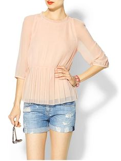 Ted Baker London Ninah Pleat Top in Blush Rolled Up Jeans, Black Lace Tops, I Love Fashion, Fashion Outfits, Womens Fashion, Clothing Items, Pretty Outfits, Long Sleeve Tops, Clothes For Women