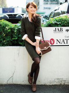 カーキ色で大人っぽい♡秋冬ファッションの参考にしたいワンピースコーデ♡