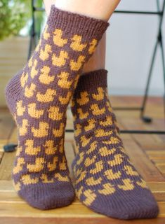 Duck socks free knitting pattern