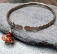 Bangle Bracelet Hammered, White Bronze, Boro Lampwork Glass Bead, Adjustable Metalwork Jewelry - Sedona