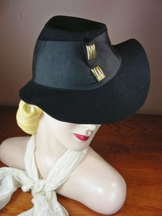 1105b04482d Vintage 30s 1930s Black Felt Asymmetrical Fedora Hat Gold Clips Sculptural  G74  Fedora 1930s Hats