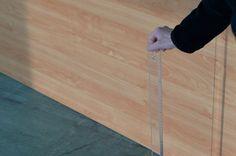 contemporary locus 9 Marie Cool Fabio Balducci Senza titolo, riga di plastica, tavolo da lavoro, luce. 2010 Area Tesmec, Bergamo 2015 Courtesy gli artisti; Marcelle Alix, Paris; contemporary locus, Bergamo