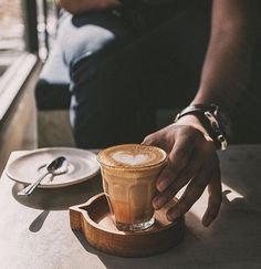 : @mrvahn  tag your shot #manmakecoffee to be featured