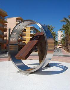 Reloj de sol digital, playa Tavernes, Valencia