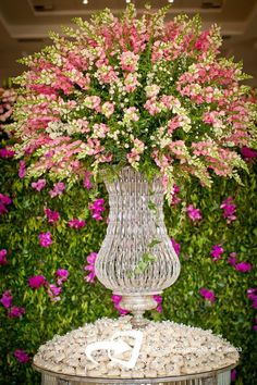Printing Ideas Useful Flowers Shop Ideas How To Make Hotel Flower Arrangements, Contemporary Flower Arrangements, Beautiful Flower Arrangements, Beautiful Flowers, Large Flowers, Silk Flowers, Purple Flowers, Colorful Flowers, Faux Flowers