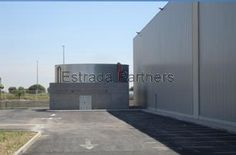 Industrial, Html, Barcelona, Single Wide, Offices, Dressing Rooms, Interiors, Industrial Music