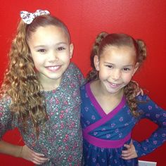 Sierra and Olivia- the youngest, but they have so much power! Hashtag Sisters, Sister Songs, Sister Pictures, Sister Birthday, Jojo Siwa, Pretty Cats, Dancing With The Stars, Girl Doll Clothes, Celebs