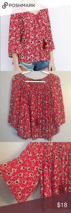 "Zara Trafaluc boho top Zara Trafaluc boho top, size S. Loose boho style with rounded hi-lo hem, throw on and go in style! Approx 23"" long in front, 25"" in back, 21"" across (pit to pit). Comes with extra button, EUC, smoke free home! Zara Tops"