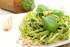 Fotolia #62942405 © Donatella Tandelli: pasta with pesto recipe