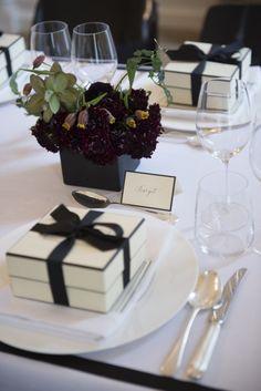Joy, Wedding planner à Paris : organisation de mariages & fêtes avec photographes, coiffeurs, maquilleurs, décorateurs, traiteurs, vidéos, mode, magazines...