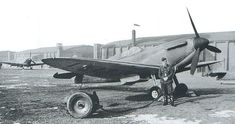 P/O Leon W Collingridge of No 66 Squadron RAF stands besides Spitfire Mk I N3042 at RAF Duxford in 1940. The aircraft was later coded LZ-M, in which the 19-year-old pilot crash-landed on the beach at Orfordness on 29 July, after being hit by return fire from He 111 bombers.